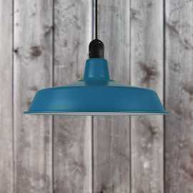 Suspension bleue de style industriel